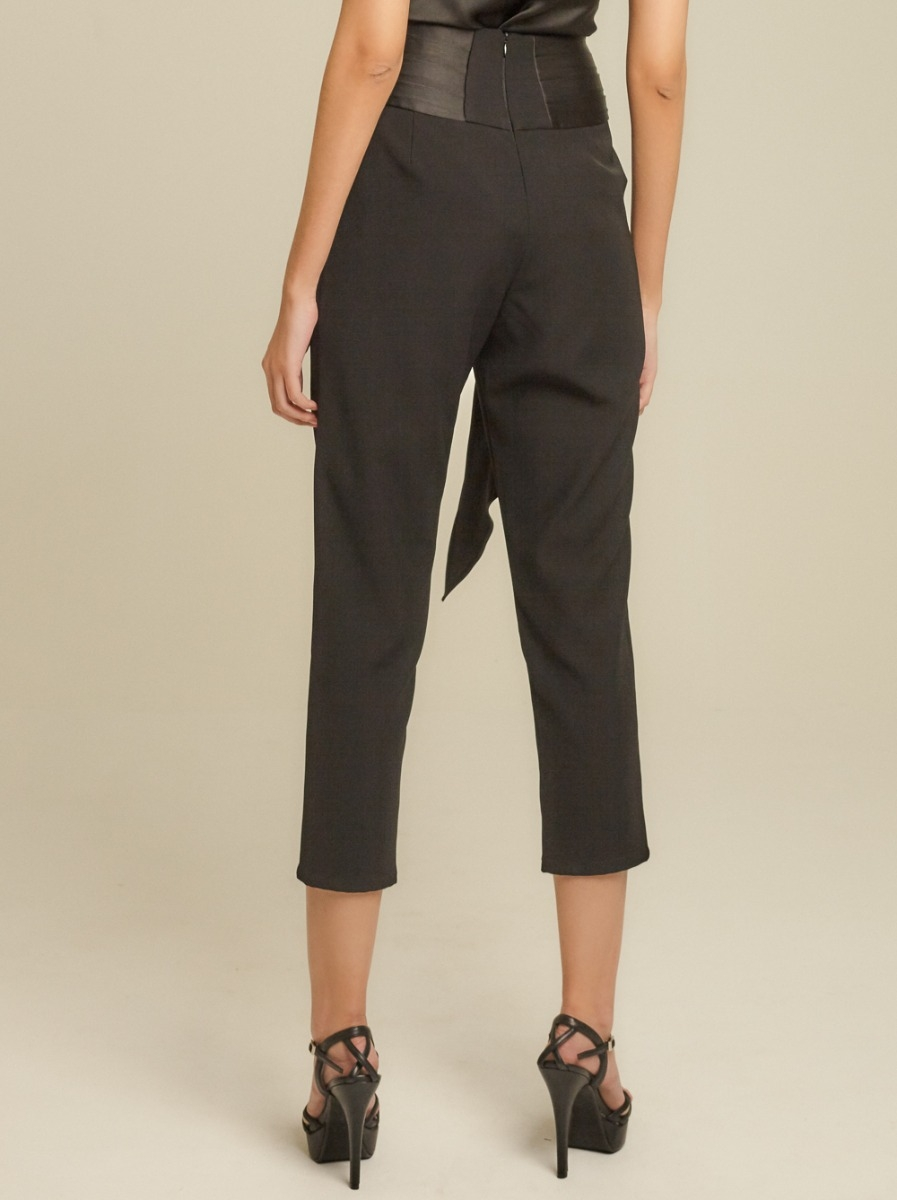 Pearl-Buckle Tapered Pants