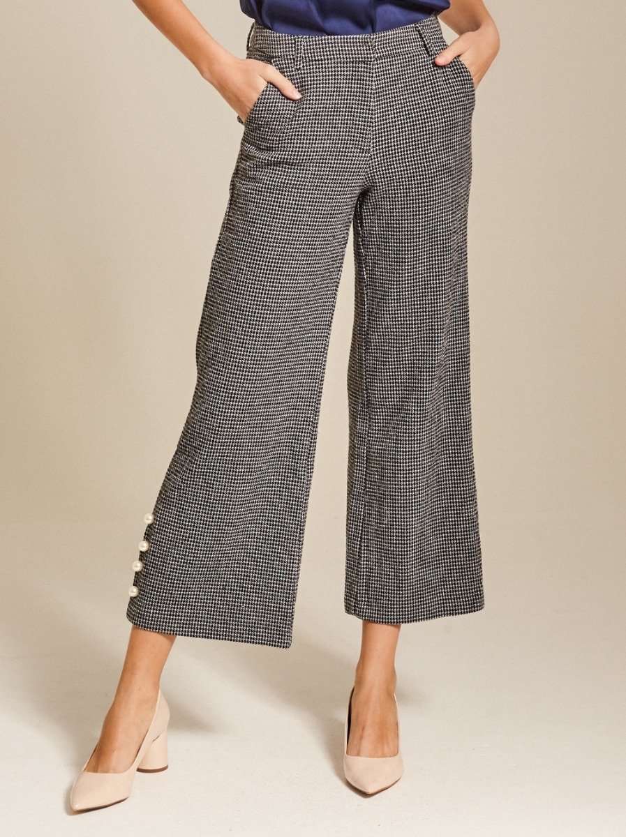 Button-embellished Cropped Tweed Pants