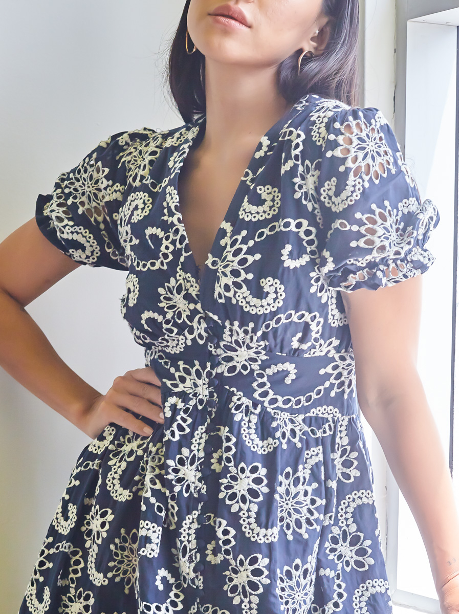 Button Detailed Short Sleeves Dress